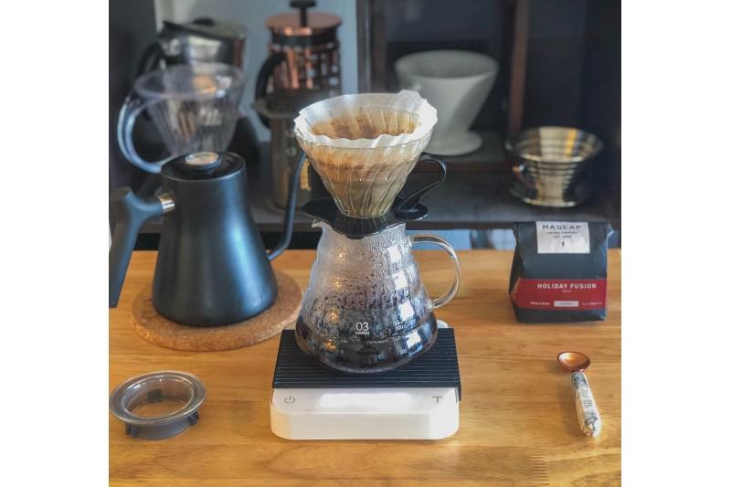 Hario V60 Coffee Dripper 02 Clear