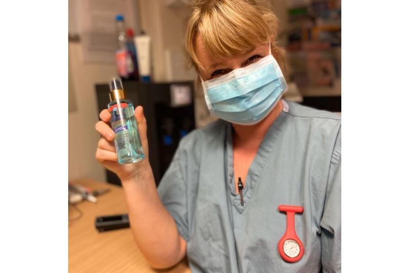 Sanitisplus 1 x 100ml Personal Spray 80% Alcohol Sanitiser