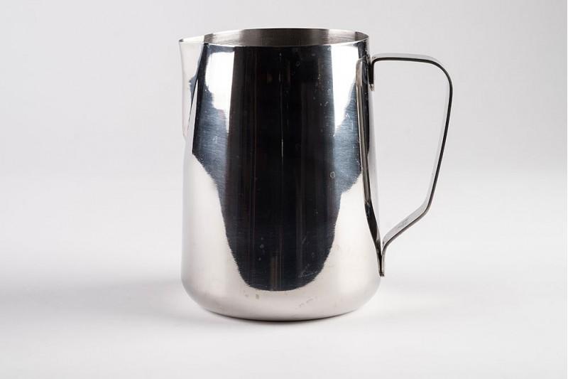 Latte 2.0L Milk Foaming Jug with Straight Sides